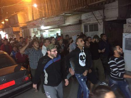 مظاهرة في مخيم عين الحلوة ضد الجدار الذي يبنى حول المخيم
