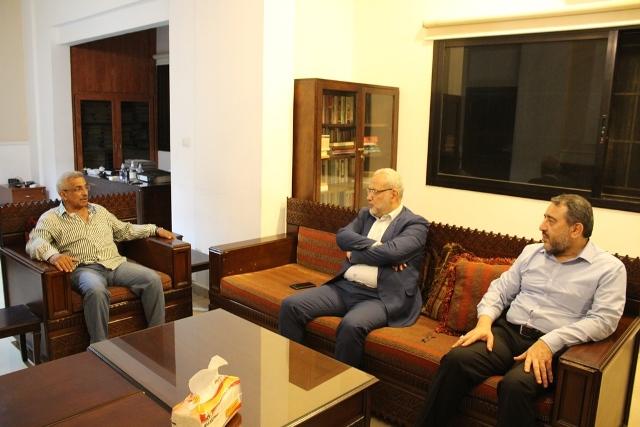 أسامة سعد يلتقي وفدا من حزب الله برئاسة محمود قماطي، كما يلتقي رئيس بلدية صيدا السابق عبد الرحمن البزري