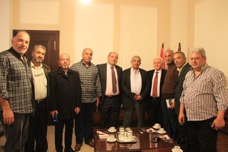 أسامة سعد يستقبل وفدا من الهيئة الوطنية للمحاربين القدامى