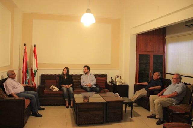 أسامة سعد يلتقي وفد جمعية الحوار الإنساني  ويدعو إلى إعطاء اللاجئين الفلسطينيين الحقوق الإنسانية والإجتماعية