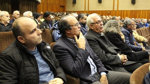 اجتماع موسع في مركز معروف سعد ناقش سبل دعم الانتفاضة الشعبية وتزخيمها