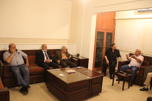 أسامة سعد يلتقي وفدا من الحركة الوطنية للتغيير الديمقراطي  برئاسة الوزير السابق عصام نعمان