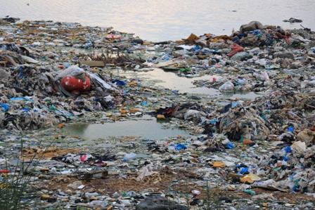 بالفيديو والصور... كُلها وعود ولا شيء غير الوعود العرقوبية  في ملف النفايات في صيدا