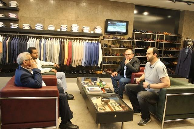 أسامة سعد يتابع جولته على المحال والمؤسسات التجارية  في الاوتستراد الشرقي لمدينة صيدا