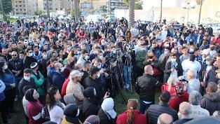 بالفيديو والصور: تجمع عام في صيدا للحوار حول تنظيم تحركات شعبية تعبر عن #إرادة_شعب بمشاركة النائب سعد