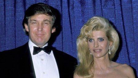 ماذا طلبت زوجة دونالد ترامب الأولى منه؟