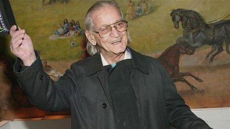 وفاة نجم الكوميديا إيروين كوري عن 102 عام