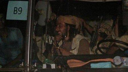 وصول قافلة مقاتلي داعش الى شرق سوريا