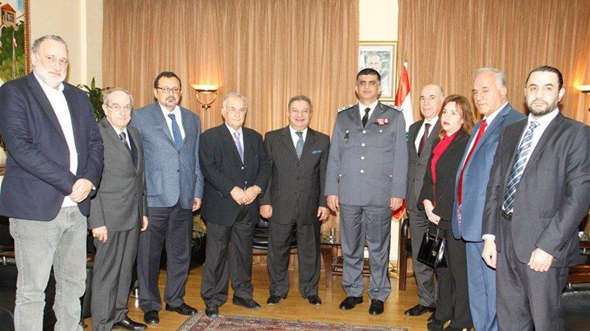 عثمان: توقيف 33 ضابطا واحالتهم الى القضاء المختص