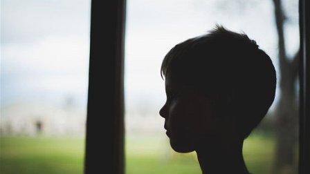 طفل قتل شقيقته الصغيرة ثمّ انتحر