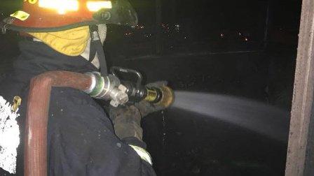 بالصور- انقاذ إمرأتين من النيران في غادير- كسروان