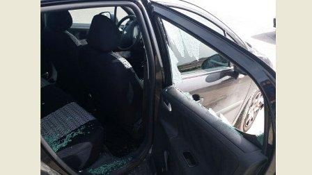 سرقة محتويات سيارة في صيدا بواسطة الكسر