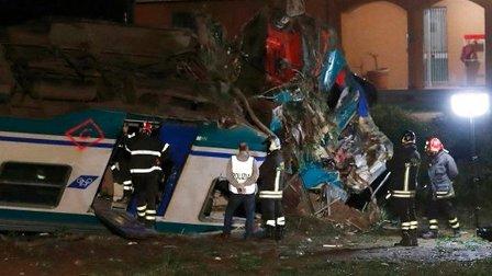 قتلى وجرحى اثر خروج قطار عن سكته في ايطاليا