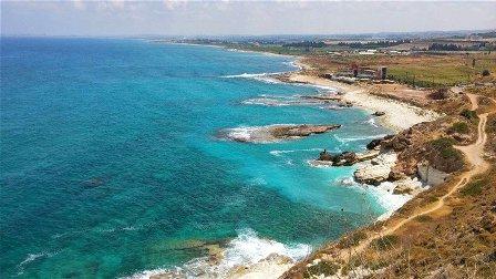 من طرابلس إلى الناقورة... هل شواطئ لبنان صالحة للسباحة؟