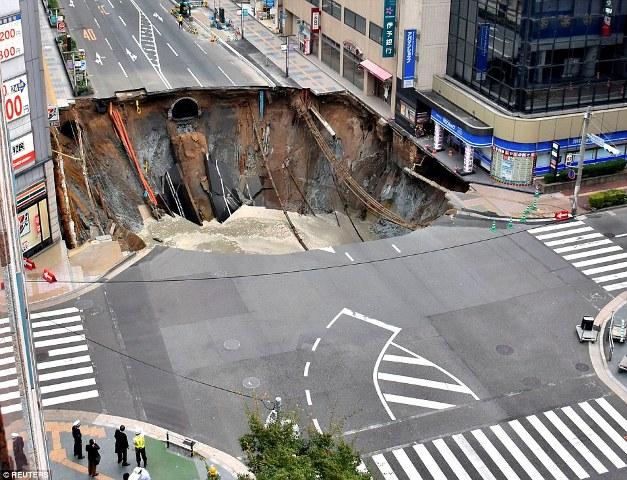 إصلاح شارع في اليابان خلال 48 ساعة يثير الدهشة!