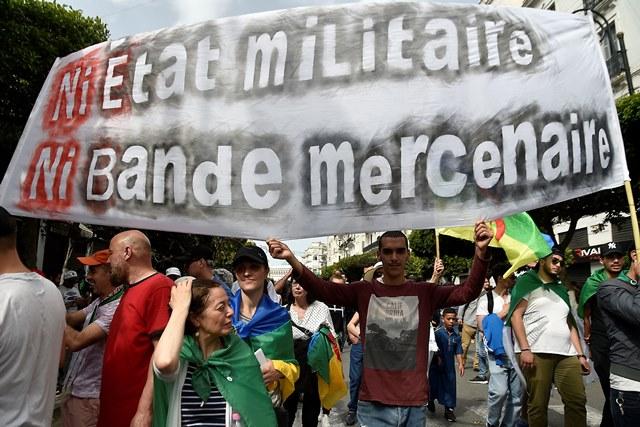من الجزائر الى السودان : زخم جديد للربيع العربي