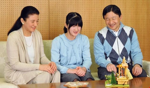 العزوبية في اليابان: قنبلة موقوتة تدق في صمت