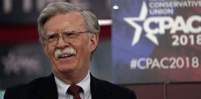 بولتون: الولايات المتحدة ستفرض عقوبات على شركة النفط الفنزويلية