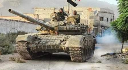الجيش السوري سيطر على عدد من كتل الأبنية شمال الحجر الأسود