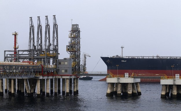 مصادر خليجية للميادين: انفجارات قوية هزت ميناء الفجيرة الإماراتي فجر اليوم