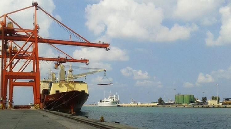 وصول أضخم شحنة بحرية إلى سوريا على متن
