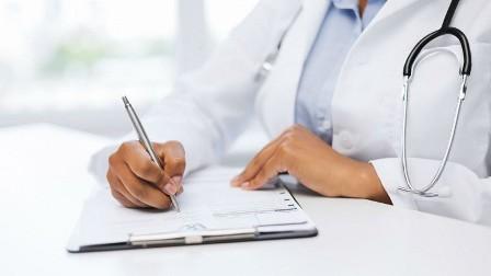 عمر الطبيب يؤثر على صحة المرضى