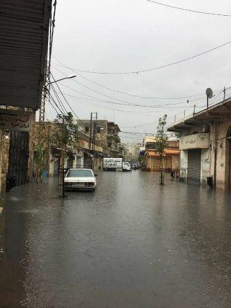 بالفيديو والصور.. غرقت شوارع صيدا بمياه الامطار فمن المسؤول؟