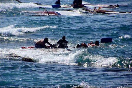 المنظمة الدولية للهجرة: غرق 5 أشخاص وفقدان 50 بين 180 مهاجرا ألقاهم مهربون قبالة ساحل اليمن