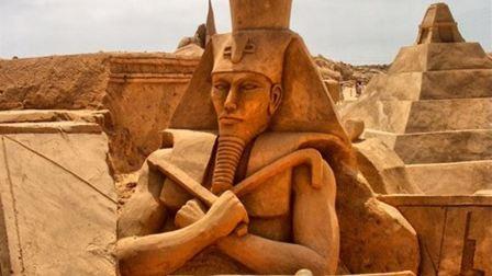 فراعنة مصر ليسوا مصريين... بل سوريين!