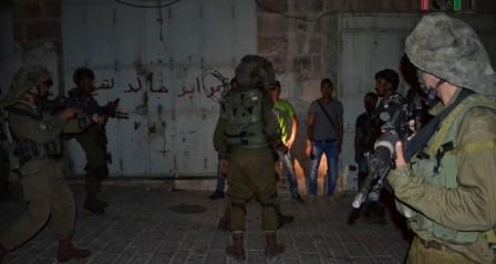 إعتقالات ومواجهات مع الاحتلال في عدة مدن بالضفة الغربية