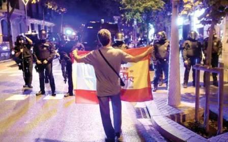 مدريد تسيطر على اقليم كتالونيا وتعين حاكماً