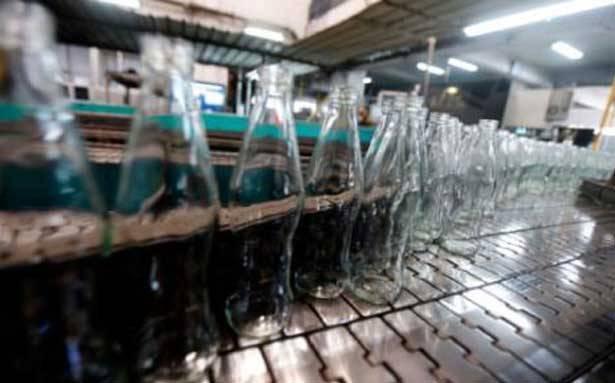 ضربة قوية للصناعة الوطنية معمل «سوليفر» لصناعة الزجاج يقفل ابوابه