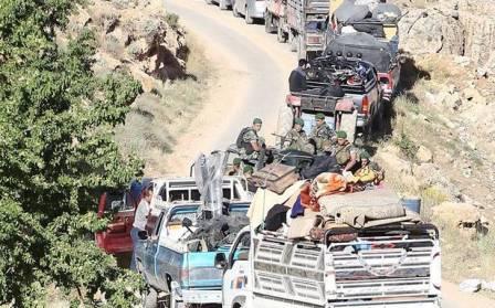 أكثر من خمسين عائلة سوريّة غادرت لبنان  ووحدات من الجيش واكبتهم أثناء عودتهم