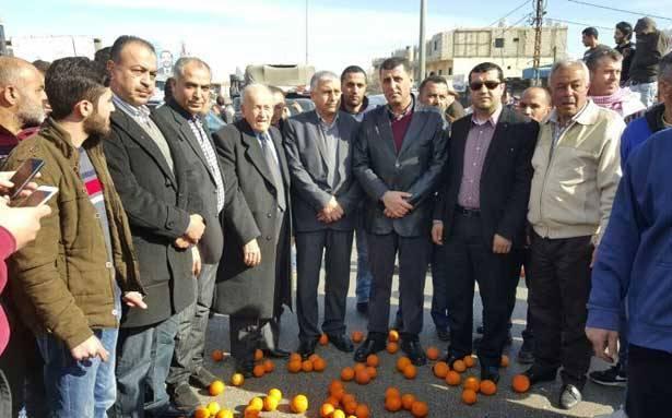 اعتصام تحذيري لمزارعي الحمضيات في عكار رفضاً للمضاربة وعدم دعم الدولة لهم