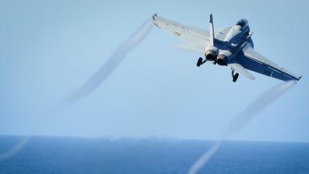 طائرة بدون طيار إيرانية تقترب من مقاتلة أمريكية