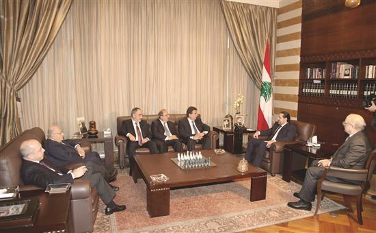 لجنة تواصل انتخابي تختبر التحالفات الجديدة