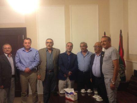 أسامة سعد يرعى توقيع عقد الاستثمار بين منصور عزام وعائلة جرادي