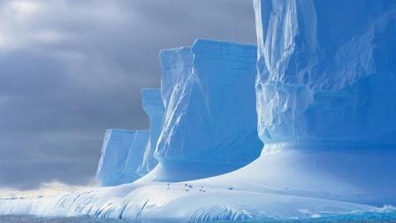 جبل جليدي على وشك الإنفصال.. ما الذي سيحدث للعالم؟