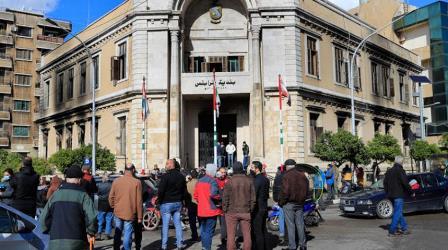 أهالي طرابلس في ذهول بعد إحراق مبنى البلدية التاريخي استنكار وغضب عارم ورفض لمقولة الفقر هو السبب