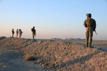مقتل 3 وإصابة 3 بانفجار داخل مخيم الرقبان على الحدود السورية الأردنية
