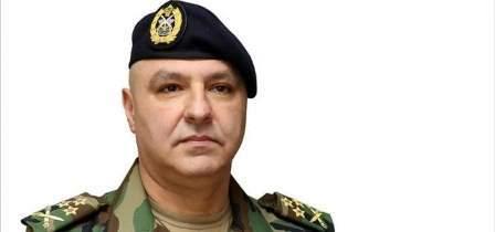 وصول قائد الجيش الى غرفة العمليات في رأس بعلبك