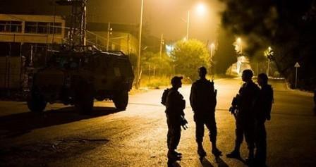 العدو الاسرائيلي ينفذ حملة اعتقالات بالضفة الغربية المحتلة