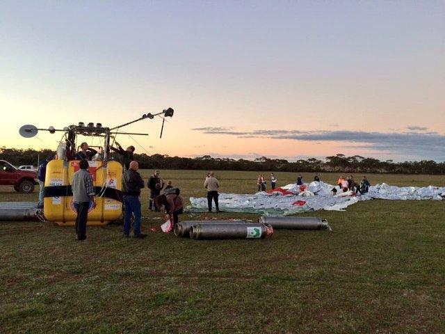 مغامر روسي يكمل رحلة حول العالم على متن منطاد