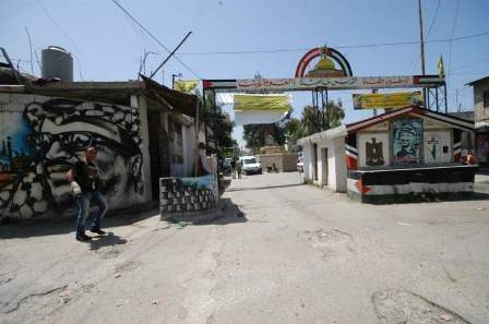 إعادة فتح طريق بستان القدس في عين الحلوة بعد دفع تعويضات