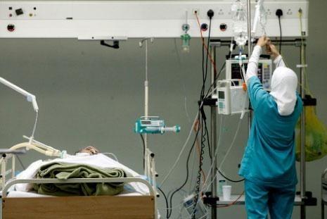عاملو المستشفيات الحكومية يستمرون الالتزام بالاضراب المفتوح