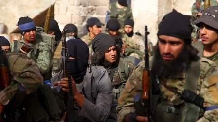 النصرة تحرق مقراتها بمناطق انتشارها في وادي حميد والملاهي بجرود عرسال