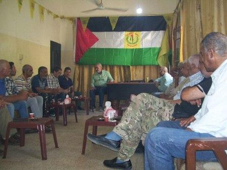 اللجان الشعبية الفلسطينية تلتقي العقيد (عبد الهادي الأسدي) قائد القوة الفلسطينية المشتركة