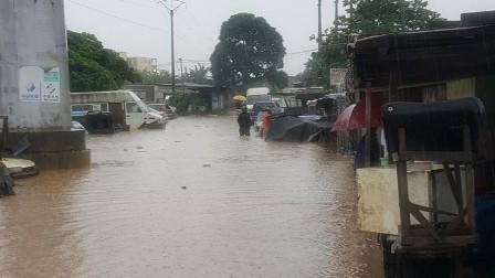 الأمطار تسبب مقتل 25 شخصا في النيجر وساحل العاج