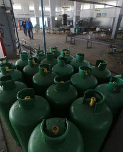 كارتيل الغاز: اللبنانيون في قبضة خمس شركات