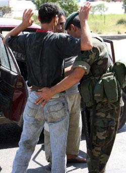 مخيم البدّاوي: كبار تجّار المخدرات يتوارون